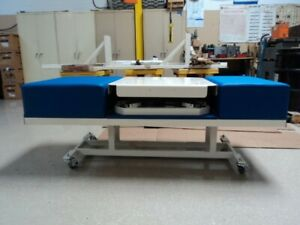 Industrial Grade Vibration traction Table