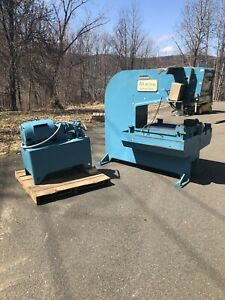W a Whitney 30 Ton 635 a Punch Press Sheet Metal Deep Throat W Tons Of Tooling
