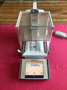 Mettler Toledo Xp205 Analytical Balance Scale 220 00000g