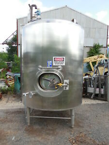 600 Gallon 316 Stainless Steel Agitated Tank Last Used For Fruit Juice