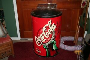 VINTAGE 2001 STORE COCA COLA ICE CHEST DRUM CAN DRINK PARTY COOLER