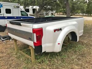 Dually Truck Bed Off Of A 2018 F450 Limited Tri Coat White Spray In Bed Liner