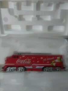 Hawthorne Village Train COCA-COLA All Aboard Santa Claus Locomotive With COA