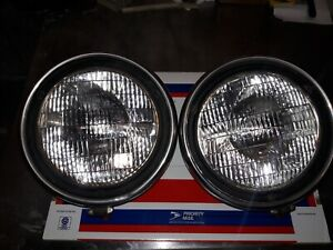 1 Pair Ford Twolite Headlights With Sealed Beams