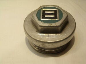 Nice Original 1910 s 1920 s Studebaker Axle Nut Grease Center Cap Cover Hubcap