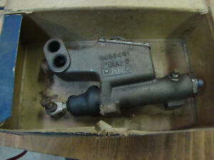Nos Oem Gm Delco Chevy 40 41 46 47 48 49 50 51 52 Brake Master Cylinder 5450451