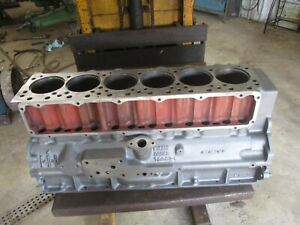 Ih Farmall 560 Engine Block Crack Free And Washed 278262r3 Antique Tractor