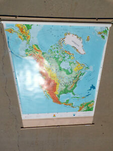 1 Layer Pull Down Map Used Physical Globe Us Roll Up Classroom Map United States