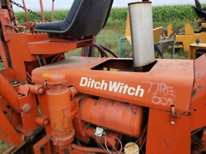 Ditch Witch R40 Hood For Units With Wisconsin Engine Oem 301 078