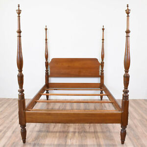 Drexel 1956 Solid Cherry Full Poster Bed