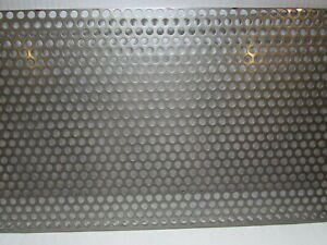 3 8 Hole 16 Gauge 304 Stainless Steel Perforated Sheet 9 X 17