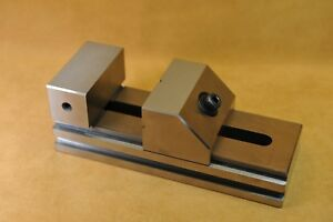 Toolmaker s Vise Made In Taiwan 2 Magnetic Blocks