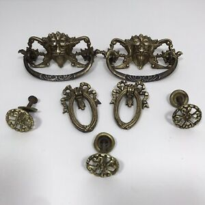 Lot 7 Antique Victorian Ornate Brass Hardware Drawer Pulls Knobs Bail Greenman