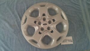 One Original Ford Fusion Factory Hubcap 2009 2010 2011