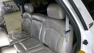 00 02 Chevy Tahoe Suburban 2nd Row Bench Seat Graphite Leather 12i