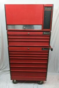 Vintage Snap On Rolling Tool Box With Top Middle Chest