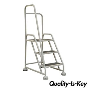Grey Aluminum 3 Step Rolling Industrial Warehouse Step Ladder On Wheels