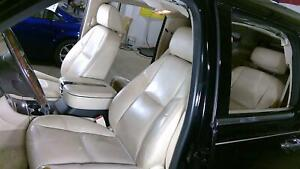 07 08 Cadillac Escalade Leather Front Bucket Seats left right Cashmere Oem