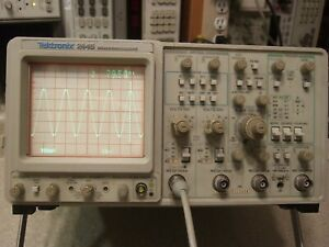 Tek Tektronix 2445 150mhz 4 Channel Scope Tested In Cal W data