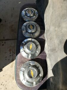 1969 1972 Chevy 3 4 Ton Truck Hubcaps Chrome C20 Set Of 4