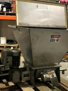 Metalfab Metatech Volumetric Screw Feeder 5 Cu ft Hopper Stainless Steel