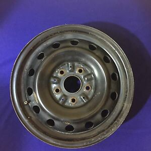 2000 2001 Toyota Camry Steel Rim Wheel 15 Inches Oem 2 2 L 4 Cylinder 15x6