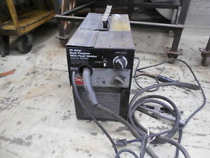 Used Dayton Electric 85 Amp Dual Purpose Wire Feed Welder F556577 117 050 908