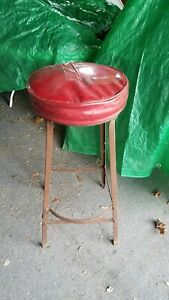 Vintage Industrial Metal 31 In Tall Shop Stool W Foot Rest Bump Out