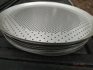 10 Pizza Pans 15 Commercial Pizza Pans perforated For Crispier Crust