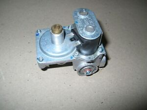 White Rodgers Gas Control Valve 25m04a 704