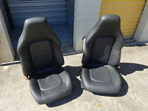 2004 2008 Chrysler Crossfire Leather Trimmed Bucket Seats