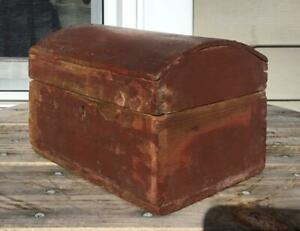 Small Early Antique Painted Dovetail Wood Dome Top Chest Ephemera Lined 1860 S