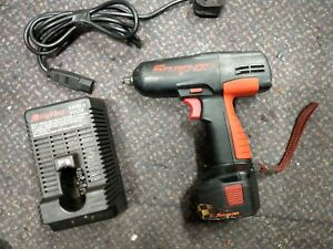 Snap On 10mm 3 8 12v Cordless Impact Wrench Gun Ctu3110 Battery And Charger