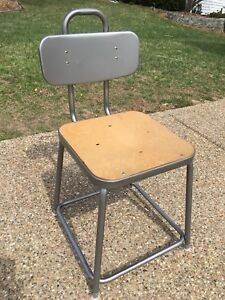Vintage Gray Metal Industrial Shop Factory Machine Age Adjustable Stool Chair