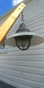 Crouse hines Explosion Proof Light