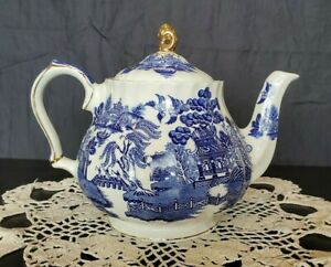 Sadler England Hand Painted Blue Willow Fine English China 5 6 Cup Teapot