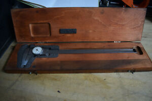 Starrett 120 12 Dial Caliper With Wood Case