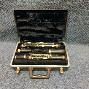 Evette Clarinet Made in France w Case