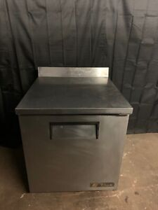 True Twt 27 27 Worktop Refrigerator Cooler Used