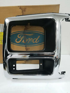 Nos Oem Ford 1980 1986 Truck Grille Headlight Door Bezel