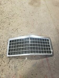 1975 1976 1977 Ford Ltd Front Grill Grille Oem