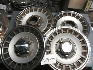 One Set Of Four Ford Bronco F 150 4wd Hubcaps 15 1979 1981 1983 1985