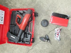 Hilti Dx 5 Mx72 F8 Automatic Powder actuated Tool With Case Huge Kit 883