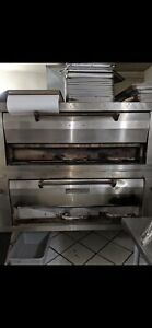 Pizza Oven Double Deck Natural Gas condition Is Used Pick Up Only