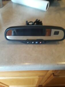 2003 2006 Chevy Gmc Rear View Mirror W compass Temp Onstar
