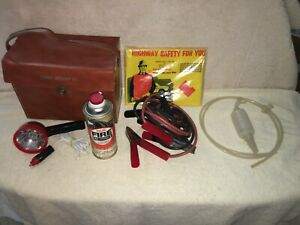 Vintage Highway Roadside Emergency Safety Kit Accessory With Original Case