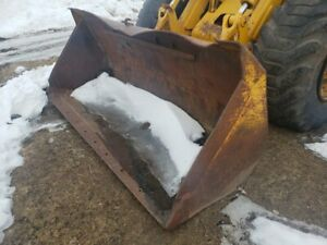 John Deere 644a Pin on Bucket 102 Wide No Cutting Edge