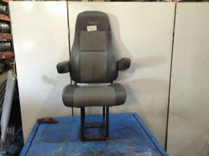 2010 Freightliner Cascadia Seat