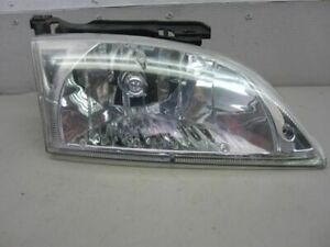 Passenger Right Headlight Fits 00 02 Cavalier 92160