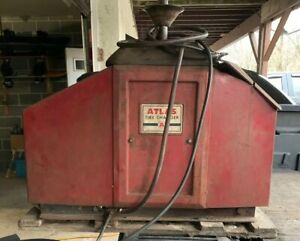 Vintage 60 s 70 s Atlas Tire Machine Changer Working Condition Very Neat
